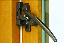 Cockspur window handle for a timber window